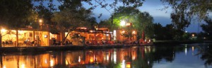 Blagaj_Restaurant_am_Fluss_resize